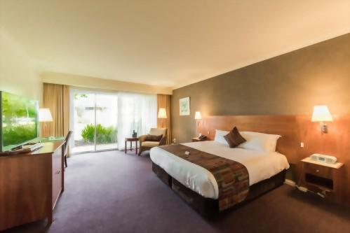 Century Inn Traralgon - Executive Queen Room