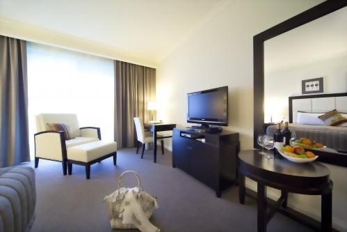 Century Inn Traralgon - King Studio